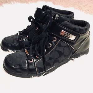 🖤 Coach black hi top sneakers sz 8.5
